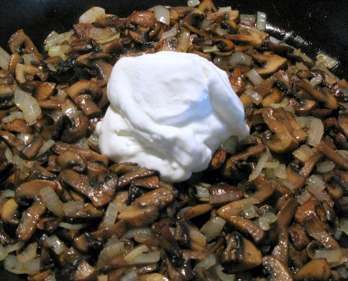 Russian_Mushrooms_Sour_Cream (10)